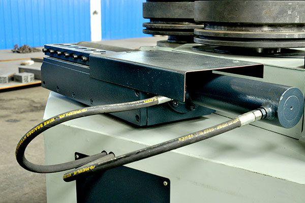 三轴型材弯弧机